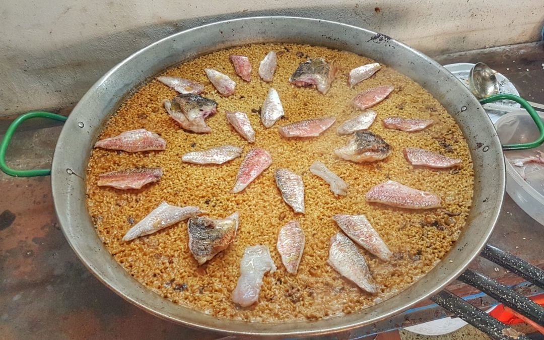 Arroz de salmonetes y escorpa.