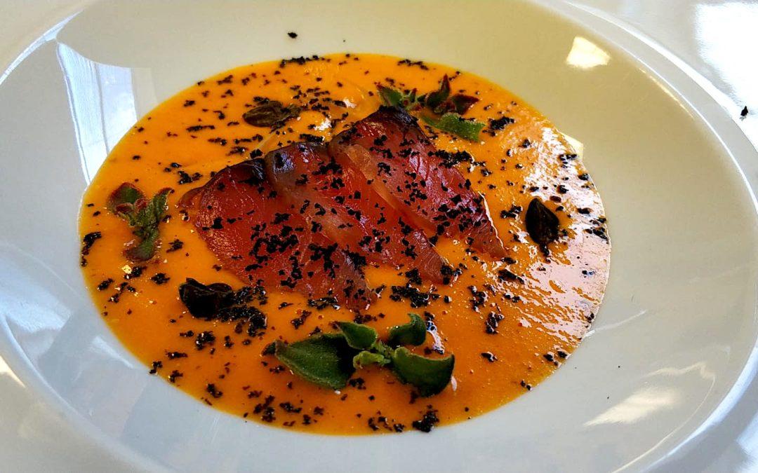 Bonito con tomate asado