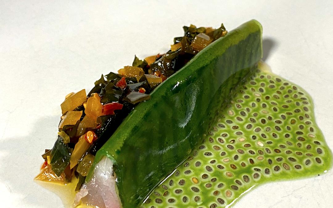 Caballa marinada, plancton y pesto de algas